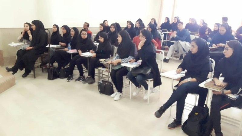 تدریس ترکی استانبولی در دانشگاه آذربایجان توسط مجید عزمی